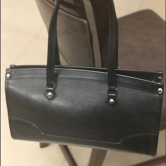 Louis Vuitton Handbags - Authentic Louis Vuitton Epi Madeleine Blk Handbag